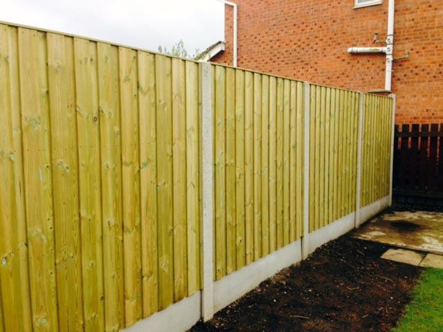 Fencing Installation Contractor Leeds
