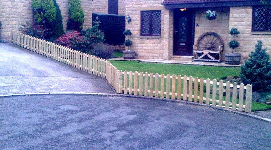 Leeds Bespoke Fencing Installer